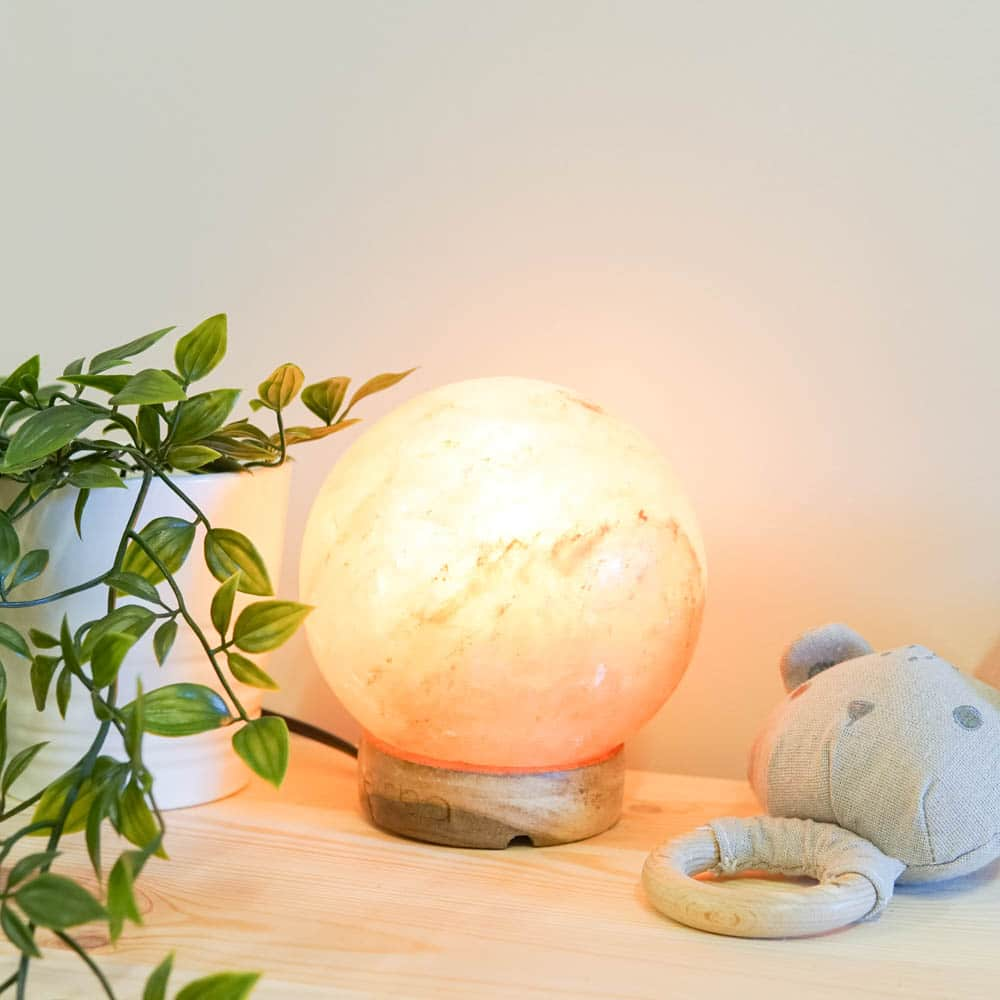 lemon-sherbet-round-himalayan-salt-lamp-2
