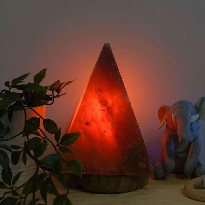 rosewood-pyramid-himalayan-salt-lamp-2