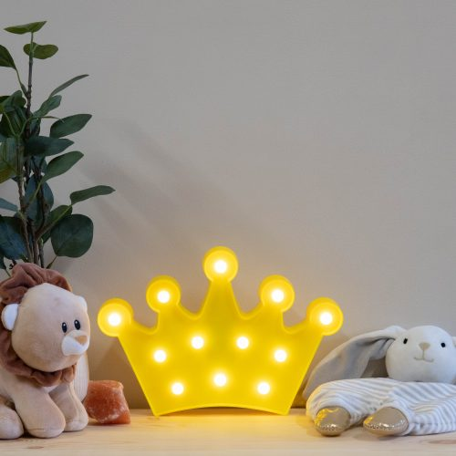 yellow-crown-marquee-night-light-2