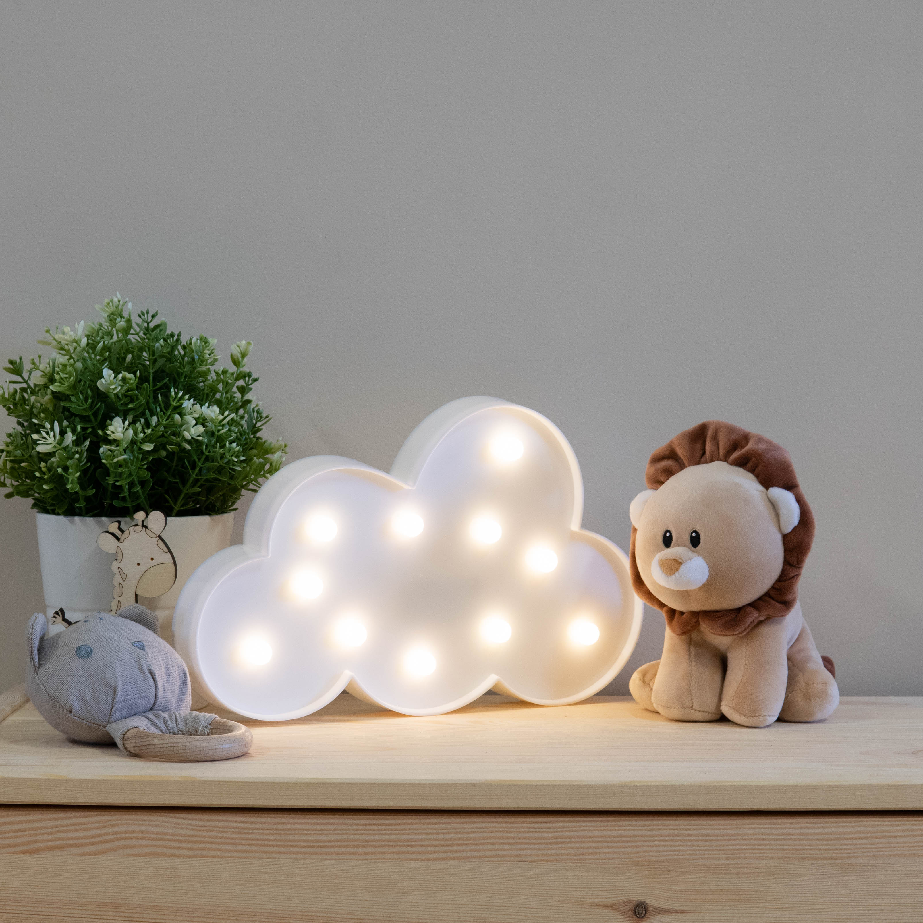 white-cloud-marquee-night-light-2
