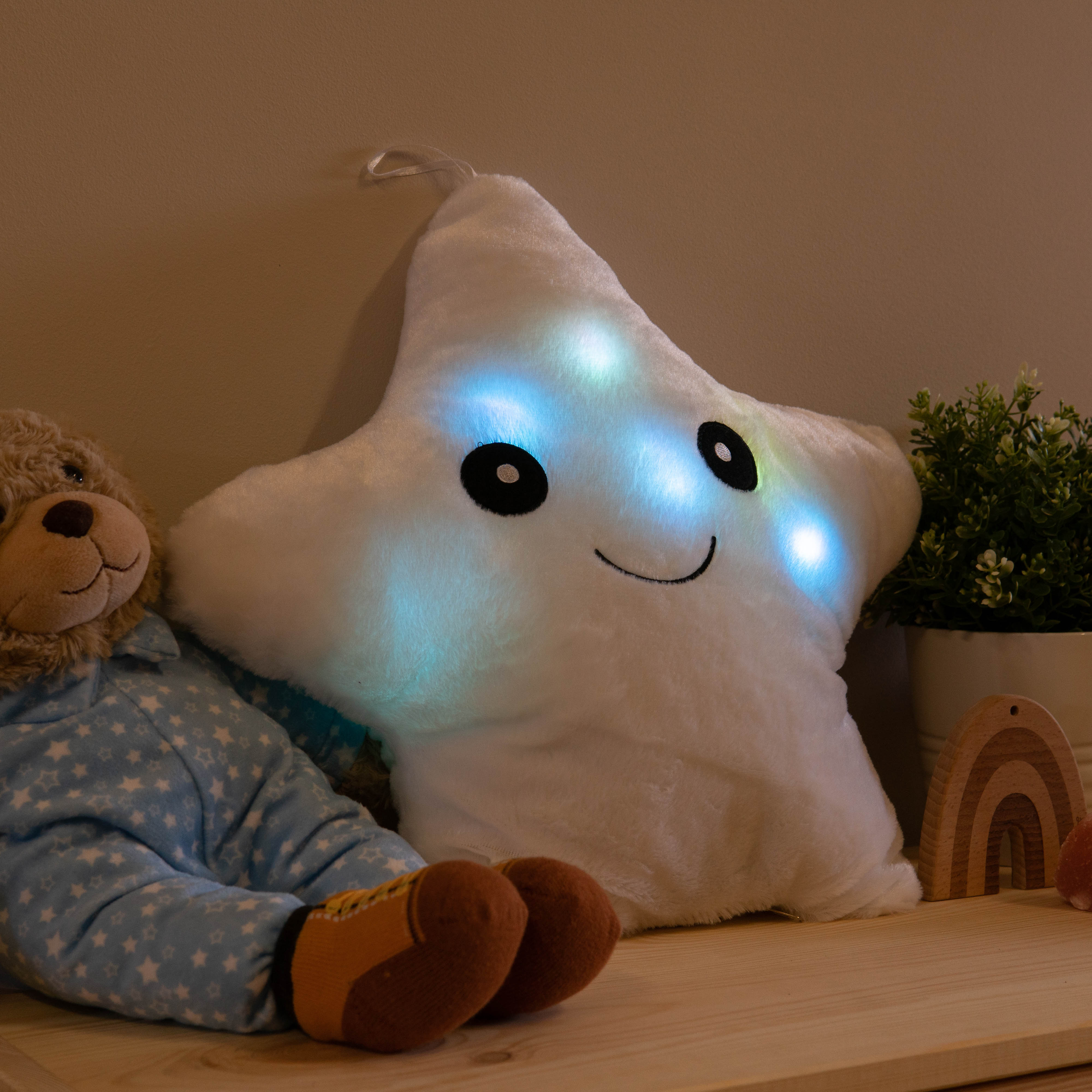 huggable-star-night-light-2