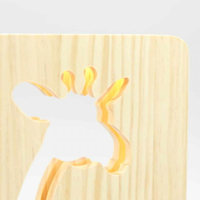 wooden-giraffe-night-light-4