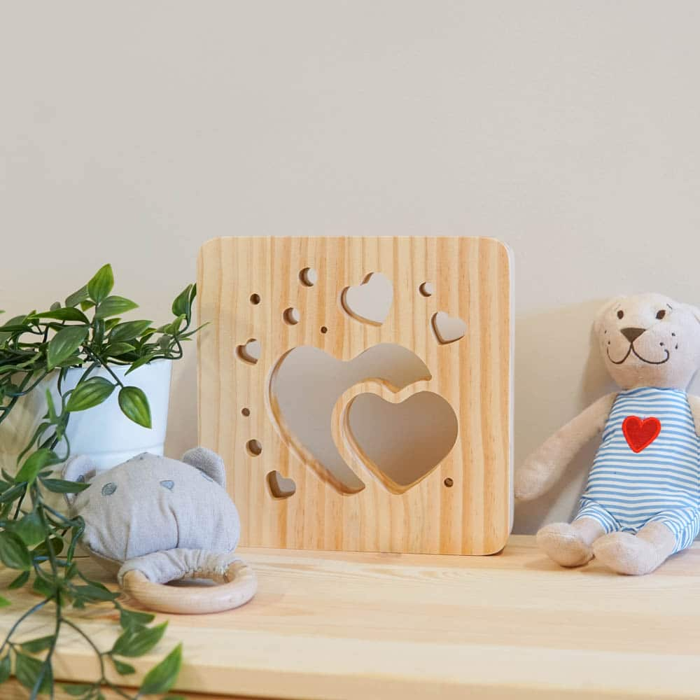 wooden-heart-night-light-4